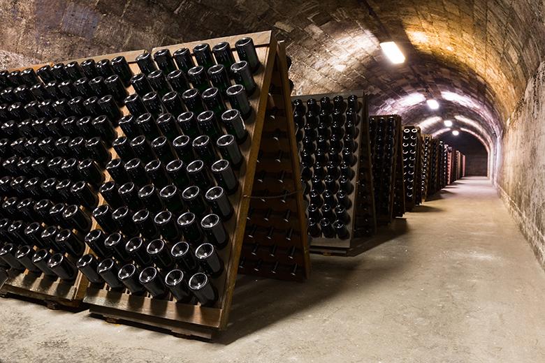 Сколько в шампанском литров
